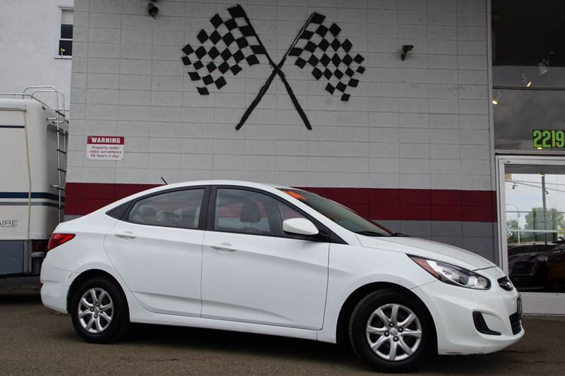2014 HYUNDAI ACCENT GLS 4DR SEDAN century white 2-stage unlocking doors abs - 4-wheel active he