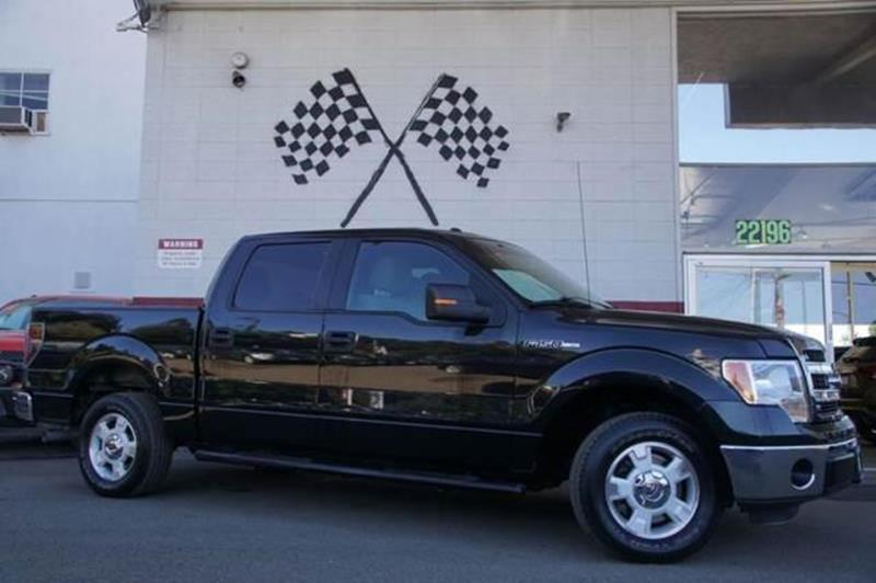 2013 FORD F-150 XLT 4X2 4DR SUPERCREW STYLESIDE tuxedo black metallic our sharp 2013 ford f-150 x