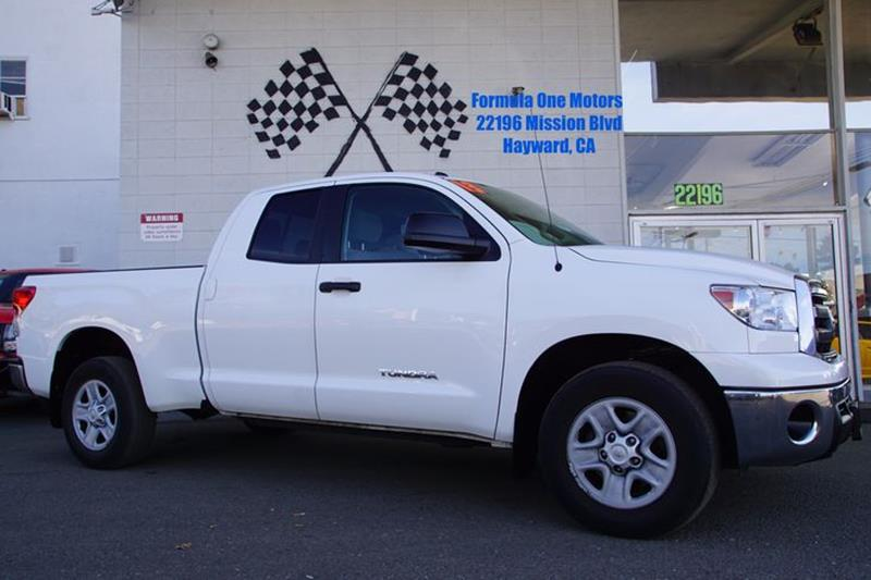 2013 TOYOTA TUNDRA GRADE 4X2 4DR DOUBLE CAB PICKUP super white our commanding 2013 toyota tundra