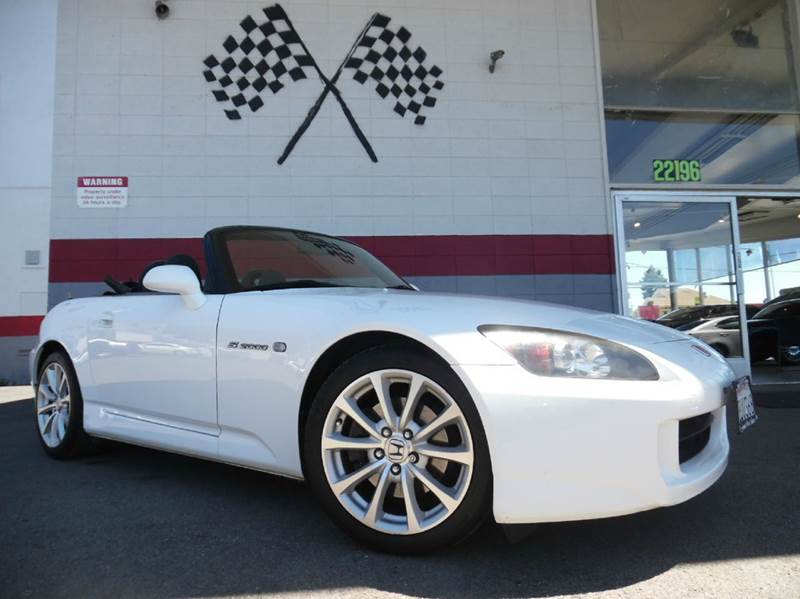 2006 HONDA S2000 2DR CONVERTIBLE white this is a super clean honda s2000 gorgeous black leather