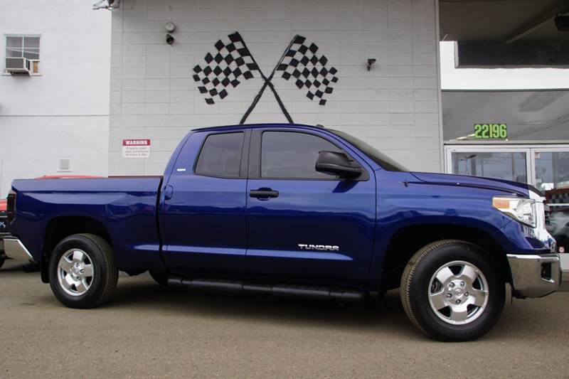 2015 TOYOTA TUNDRA SR5 4X2 4DR DOUBLE CAB PICKUP SB blue vin 5tfrm5f15fx084132 this is a great w