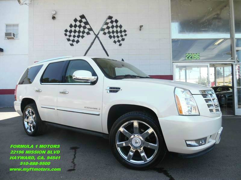 2008 CADILLAC ESCALADE 4DR SUV pearl white loaded leather - moon roof - navigation - rear view