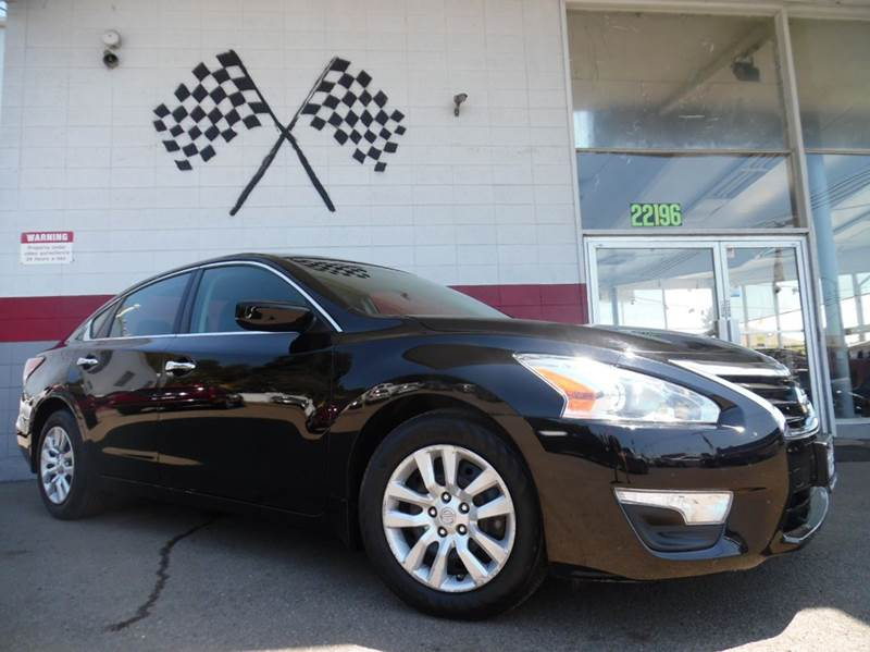 2014 NISSAN ALTIMA 25 S 4DR SEDAN black this is a very nice nissan altima very dependable vehicl