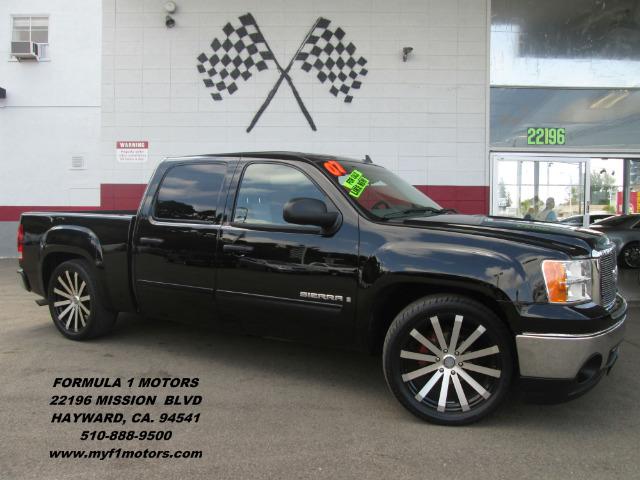 2007 GMC SIERRA 1500 SLE1 4DR CREW CAB 58 FT SB black this is a beautiful 4 door gmc sierra sup