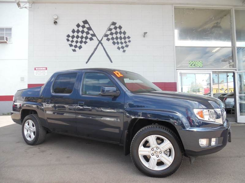 2012 HONDA RIDGELINE RTL 4X4 4DR CREW CAB PICKUP blue this is a very nice honda ridgeline super l