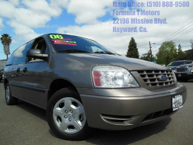 2006 FORD FREESTAR SE gold we have many mini vans in stock and this is a very nice low priced vehi
