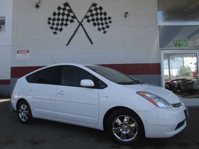 2008 TOYOTA PRIUS TOURING HATCHBACK white super clean toyota priusgreat on gas perfect commuter