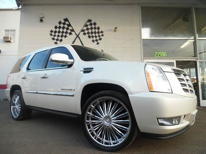 2008 CADILLAC ESCALADE 4DR SUV pearl white loaded - leather - moon roof - dvd - power lift gate -