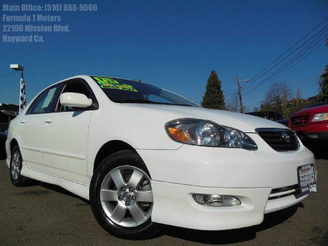 2005 TOYOTA COROLLA S white 18l 16v automatic w s model body-kit gas saver clean carfax very