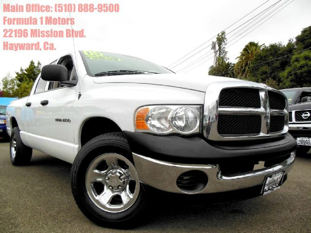 2005 DODGE RAM 1500 ST QUAD CAB SHORT BED 2WD white v8 automatic vinyl seats bed liner abs brake