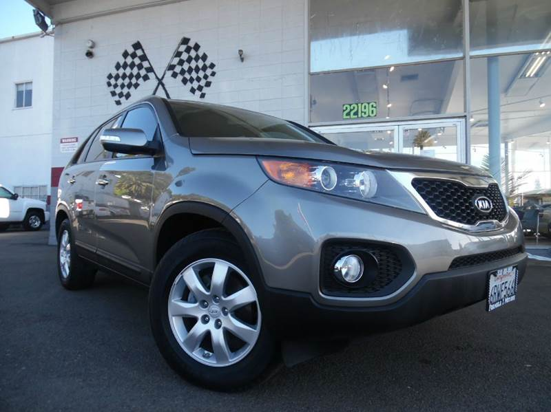 2012 KIA SORENTO LX 4DR SUV I4 GDI silver beautiful car in great condition super clean inside a