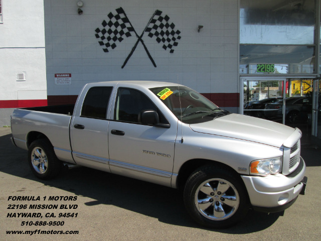 2004 DODGE RAM PICKUP 1500 SLT 4DR QUAD CAB RWD SB silver this is the perfect work truck going fo