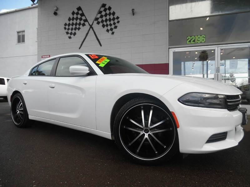 2015 DODGE CHARGER SE 4DR SEDAN white great car excellent condition super clean inside and ou