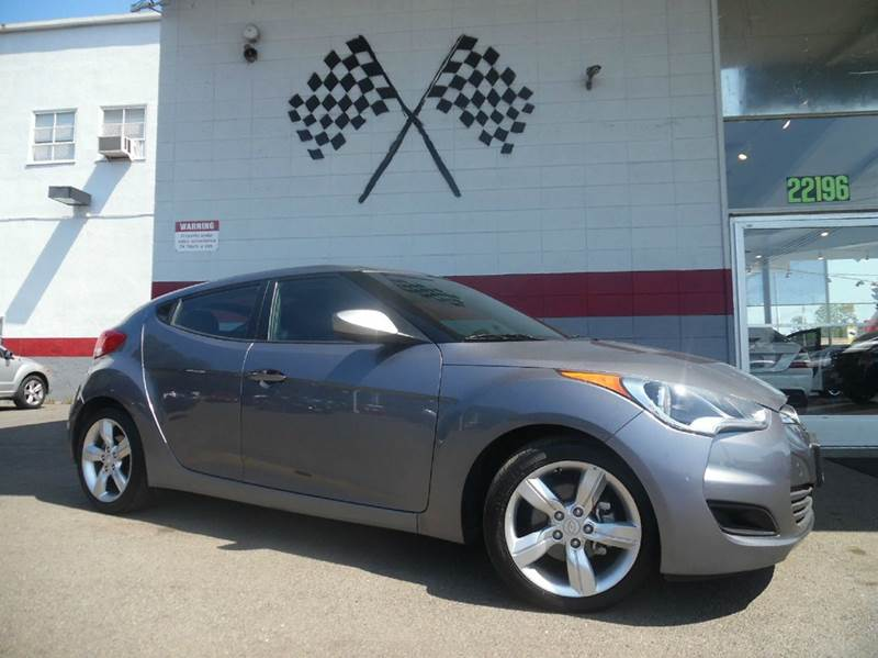 2014 HYUNDAI VELOSTER BASE 3DR COUPE DCT WBLACK SEATS gray this unit is an amazing buy has a b