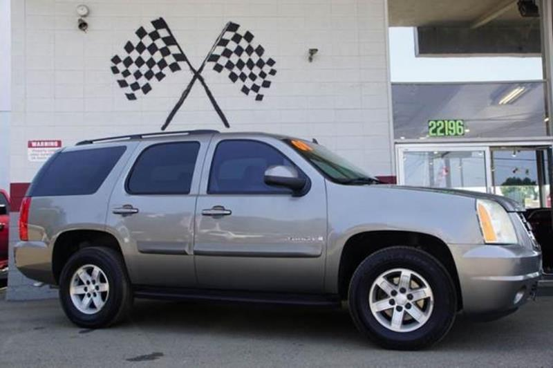 2008 GMC YUKON SLE 4X2 1 4DR SUV steel gray metallic this 2008 yukon sle w3sa in silver over lig