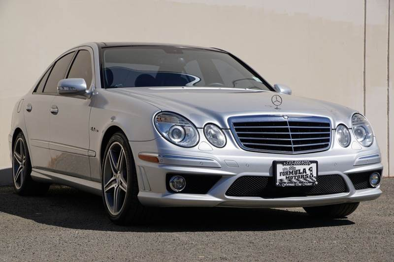 2009 MERCEDES-BENZ E-CLASS E 63 AMG 4DR SEDAN iridium silver metallic 2-stage unlocking doors abs