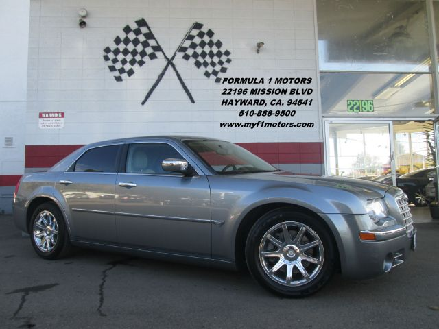 2006 CHRYSLER 300 C 4DR SEDAN blue this is a super clean chrysler 300c it has a 57l v8 hemi engi