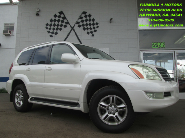 2004 LEXUS GX 470 SPORT UTILITY pearl white 4x4 - leather - moon roof - navigation - third row sea