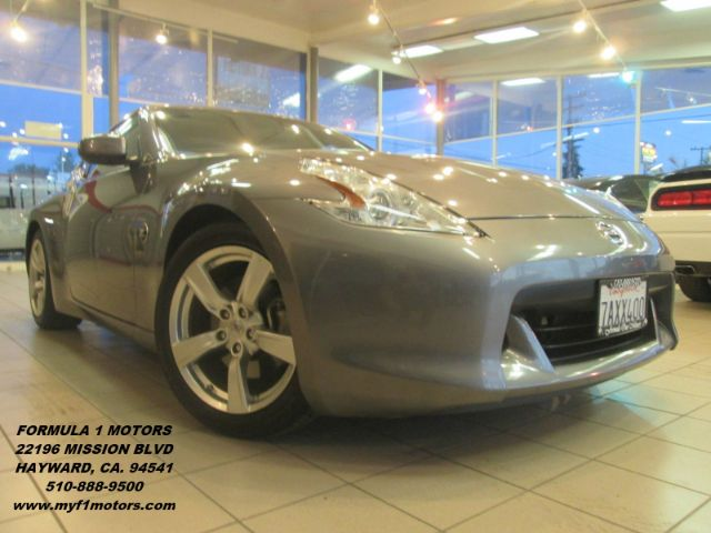 2012 NISSAN 370Z 2DR COUPE 7A grey super clean nissan 370z very fun to drivesportywow this