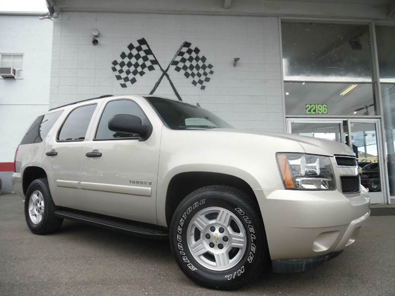 2007 CHEVROLET TAHOE LS 4DR SUV gold this is a very nice chevy tahoe super clean inside and out