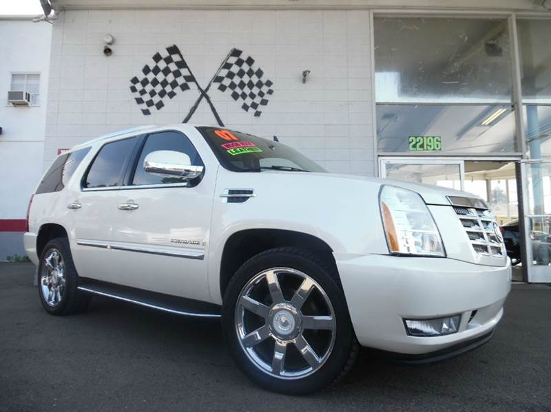 2007 CADILLAC ESCALADE AWD 4DR SUV white loaded leather - moon roof - dvd - power lift gate - n