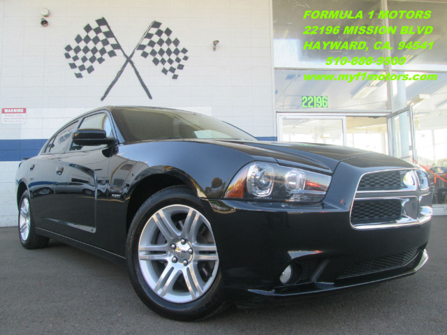 2011 DODGE CHARGER RT black this is a super clean 2011 dodge charger rt it comes with a moon roof