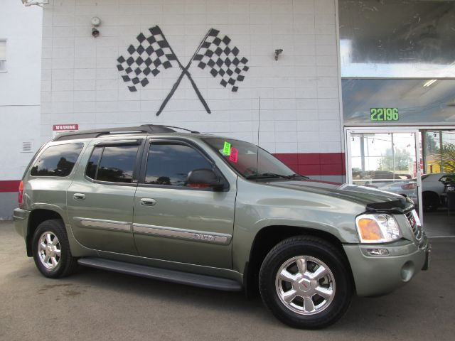 2003 GMC ENVOY XL SLT 4DR SUV green this is a super clean gmc envoy gorgeous leather interior p