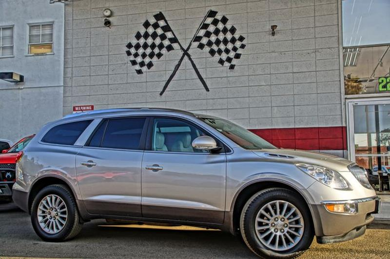 2011 BUICK ENCLAVE CXL 1 4DR CROSSOVER W1XL quicksilver metallic meet our amazing 2011 buick enc