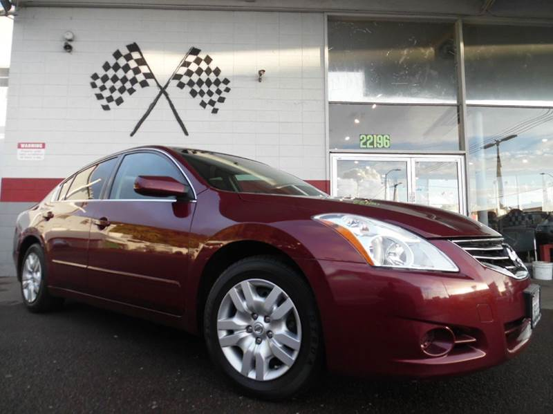 2012 NISSAN ALTIMA 25 S 4DR SEDAN red vin 1n4al2ap0cn513684 this car is a great reliable car