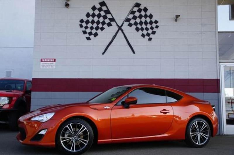 2015 SCION FR-S BASE 2DR COUPE 6A orange arrive in style in our playful low miles 2015 scion fr-s