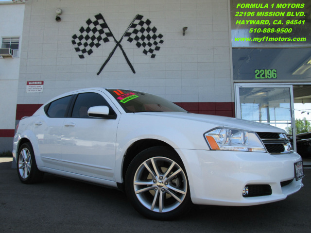 2011 DODGE AVENGER HEAT 4DR SEDAN white this is a beautiful dodge avenger  very comfortable good