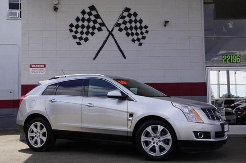 2010 CADILLAC SRX PERFORMANCE COLLECTION AWD 4DR S radiant silver our awesome low miles 2010 cadi