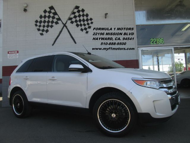 2013 FORD EDGE LIMITED 4DR SUV white this is a gorgeous ford edge limited edition loaded with lea