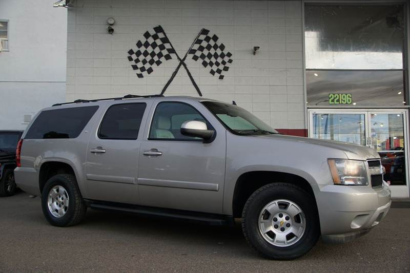 2008 CHEVROLET SUBURBAN LS 1500 4X4 4DR SUV gold mist metallic vin 3gnfk163x8g190030 this is a g