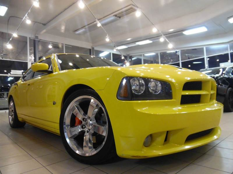 2007 DODGE CHARGER SRT-8 4DR SEDAN yellow and black this is a gorgeous dodge charger  special ed