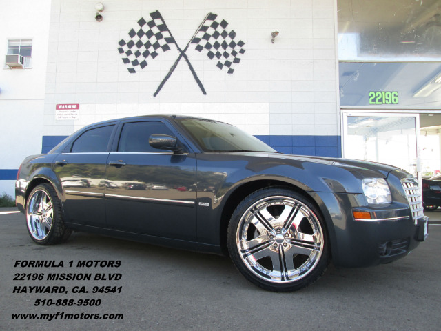 2007 CHRYSLER 300 TOURING blue this is a signature touring edition chrysler 300 equipped with a ve