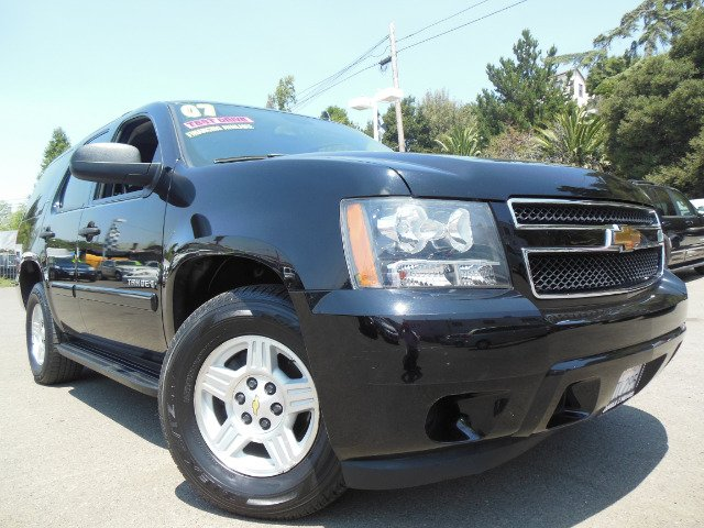 2007 CHEVROLET TAHOE LS 2WD black abs brakesair conditioningalloy wheelsamfm radioanti-brake