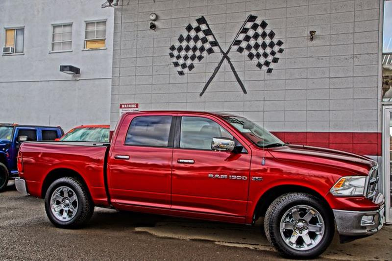 2011 RAM RAM PICKUP 1500 LARAMIE 4X2 4DR CREW CAB 55 FT deep cherry red crystal pearl our top-o
