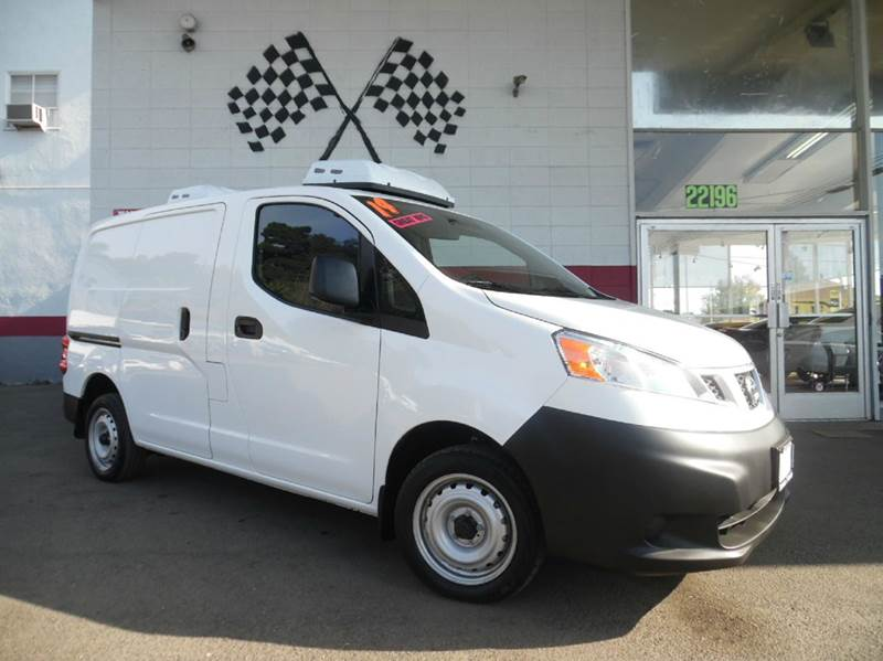 2014 NISSAN NV200 S 4DR CARGO MINI VAN white abs - 4-wheel alternator - 110 amps antenna type -