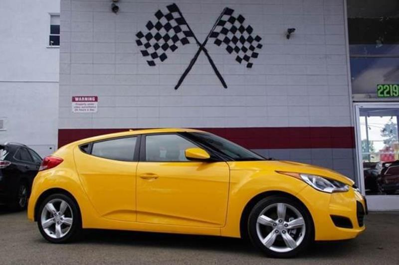 2015 HYUNDAI VELOSTER BASE 3DR COUPE 262 yellow put some stand-out style in your daily commute w