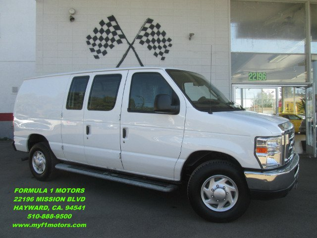 2012 FORD E-SERIES CARGO E-250 3DR CARGO VAN white this is a very nice cargo van low mileage clo
