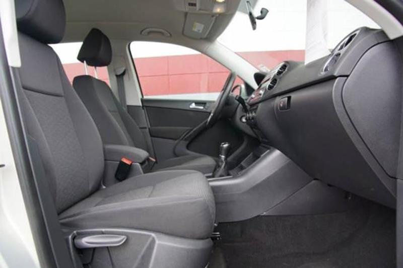 2013 VOLKSWAGEN TIGUAN S 4DR SUV 6M reflex silver metallic 2-stage unlocking doors abs - 4-wheel