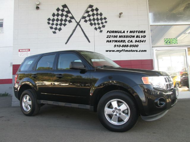 2011 FORD ESCAPE XLS AWD 4DR SUV black all wheel drive is the key for this beautiful escape  grea