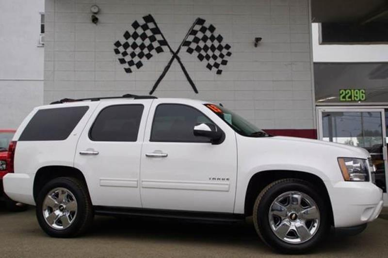 2013 CHEVROLET TAHOE LT 4X2 4DR SUV summit white say hello to our 2013 chevrolet tahoe lt shown i
