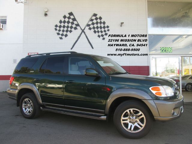 2003 TOYOTA SEQUOIA SR5 4DR SUV green this is a beautiful suv plenty of space for the passengers