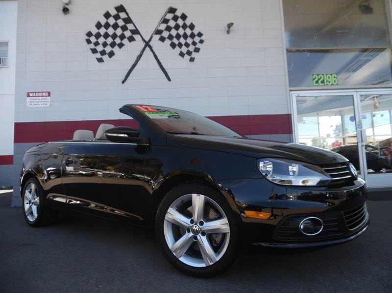 2012 VOLKSWAGEN EOS EXECUTIVE SULEV 2DR CONVERTIBLE black this is a very nice volkswagon eos in p