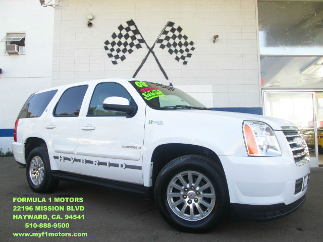 2008 GMC YUKON 4HY 2WD white this gmc yukon hybrid is loaded navigation - moon roof - rear view