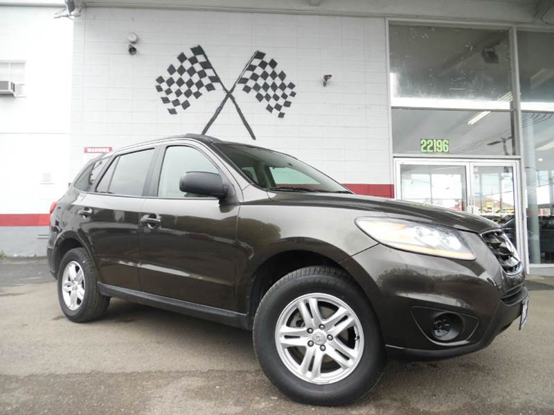 2011 HYUNDAI SANTA FE GLS 4DR SUV 6A brown this is a great unit has a great amount of space in