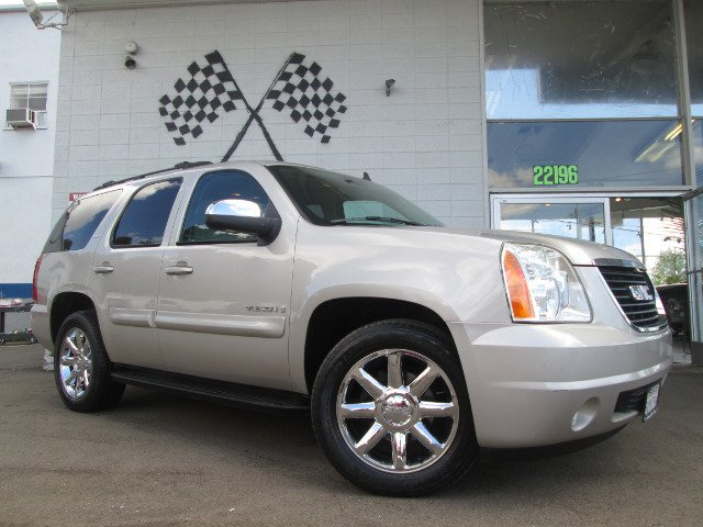 2007 GMC YUKON SLT-2 2WD gold mist metallic abs brakesadjustable foot pedalsair conditioningall