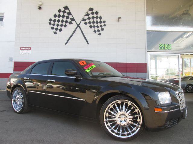 2007 CHRYSLER 300 TOURING 4DR SEDAN black touring package - 22 custom chrome wheels - leather - mo